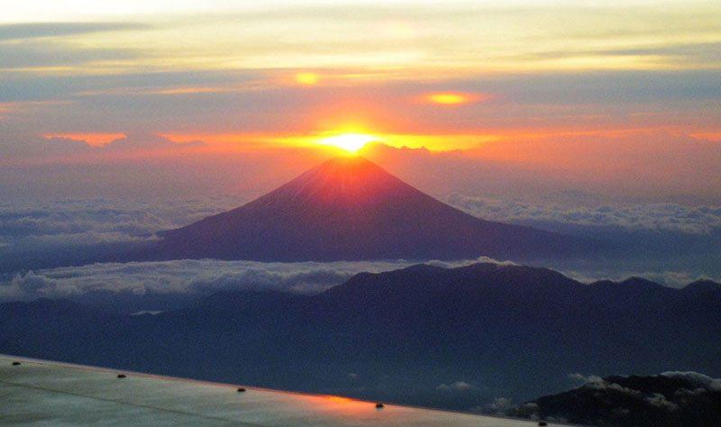 Rasarit de soare muntele Fiji