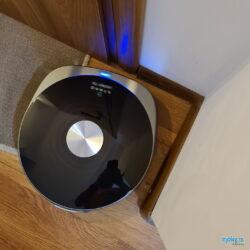 Symbo LASERBOT 750 WiFi curatare colț
